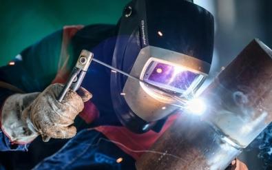 Сварщик (ручной и частично механизированной сварки (наплавки)